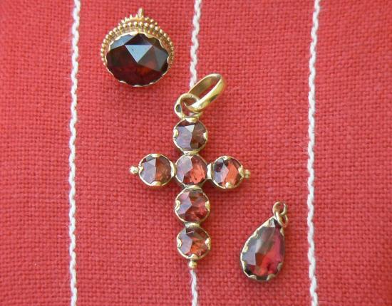 bijoux en grenats
